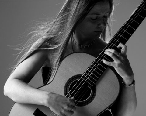 Alison Smith Classical Guitarist | Classical Guitarist Concerts, Recitals | Classical Guitarist Devon | Classical Guitarist Cornwall| Classical Guitarist South West |